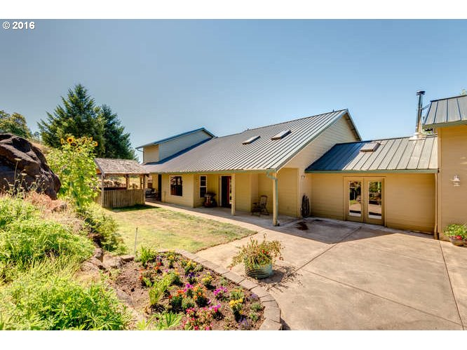 21390 SW EAGLE POINT RD, McMinnville, OR 97128