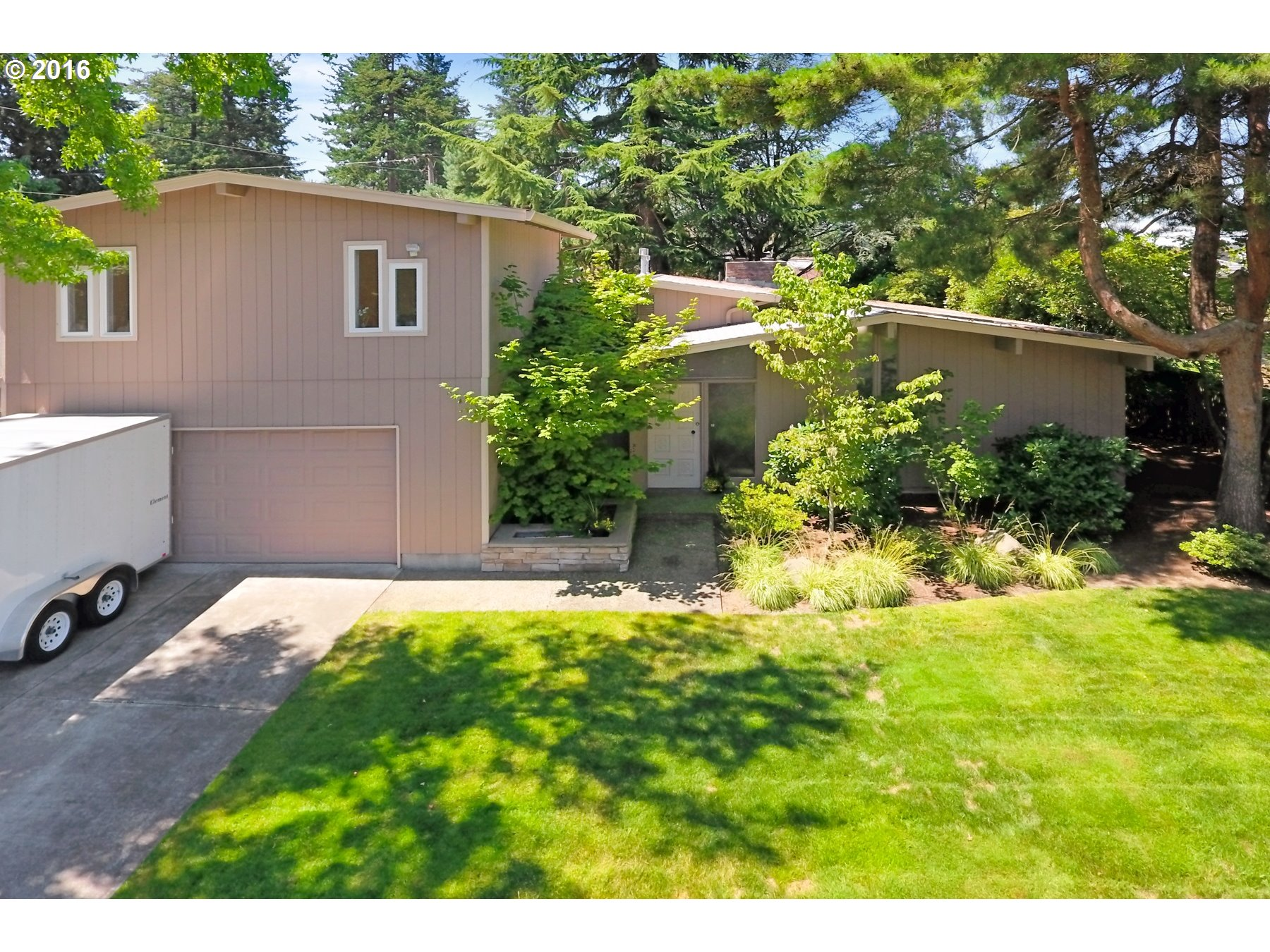 $350,000 - 3Br/2Ba -  for Sale in Wilkes East, Portland