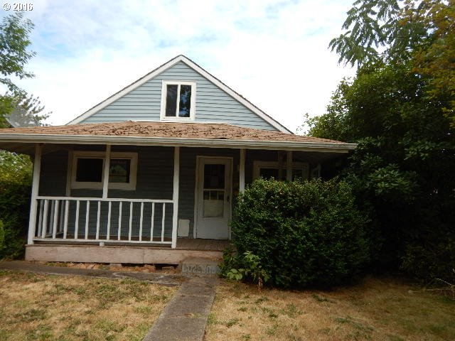 1131 1ST ST, Springfield OR 97477