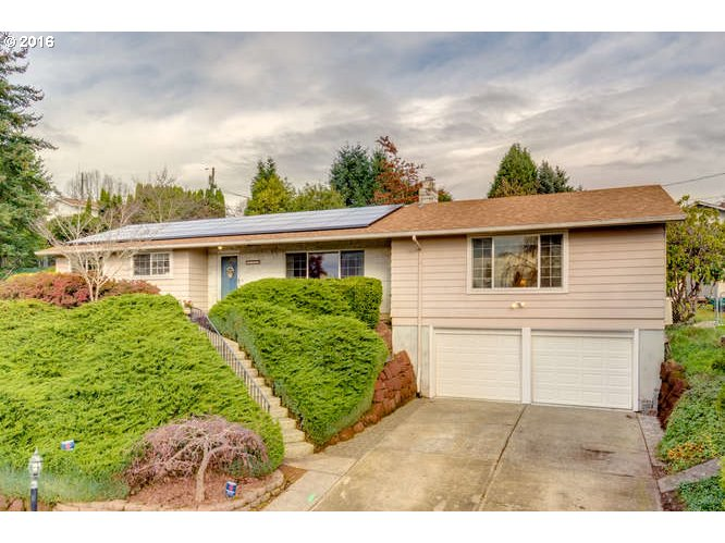 $350,000 - 4Br/3Ba -  for Sale in Milwaukie