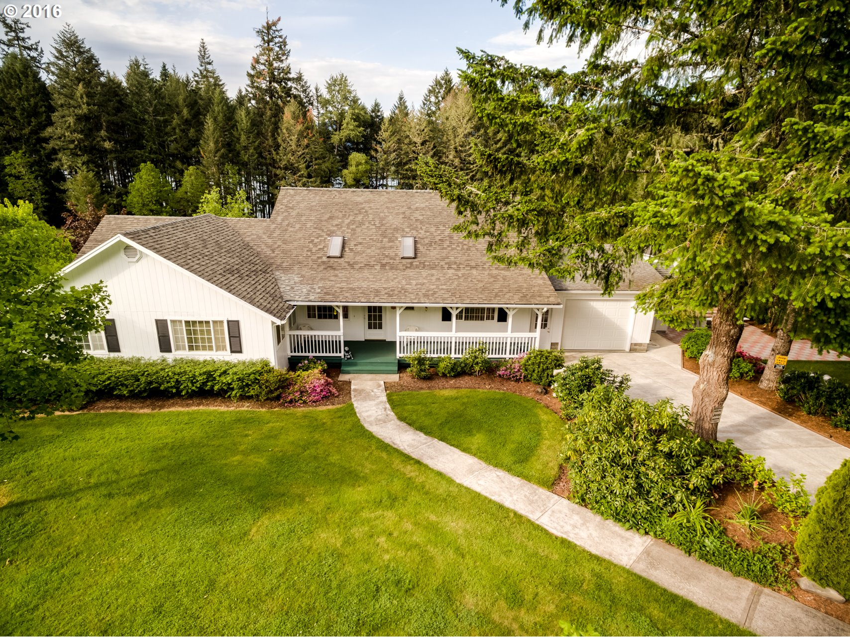 35803 SHOREVIEW DR, Dorena, OR 97434