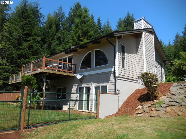 95485 BROOKHAVEN LN, North Bend, OR 97459