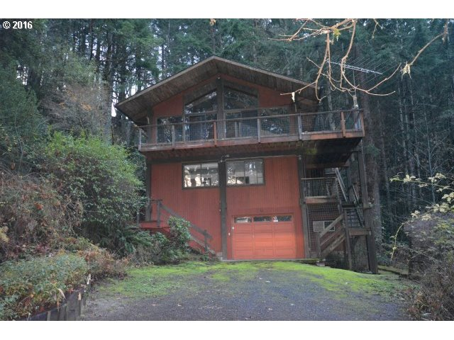 416 WHIPPLE TREE DR, Yoncalla, OR 97499