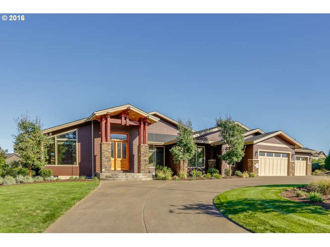 $999,999 - 4Br/5Ba -  for Sale in Boring