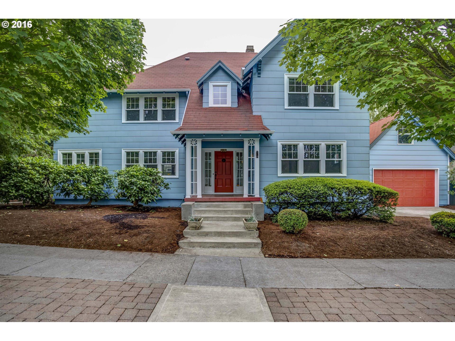 Property for sale at 2426 SE MARKET ST, Portland,  OR 97214