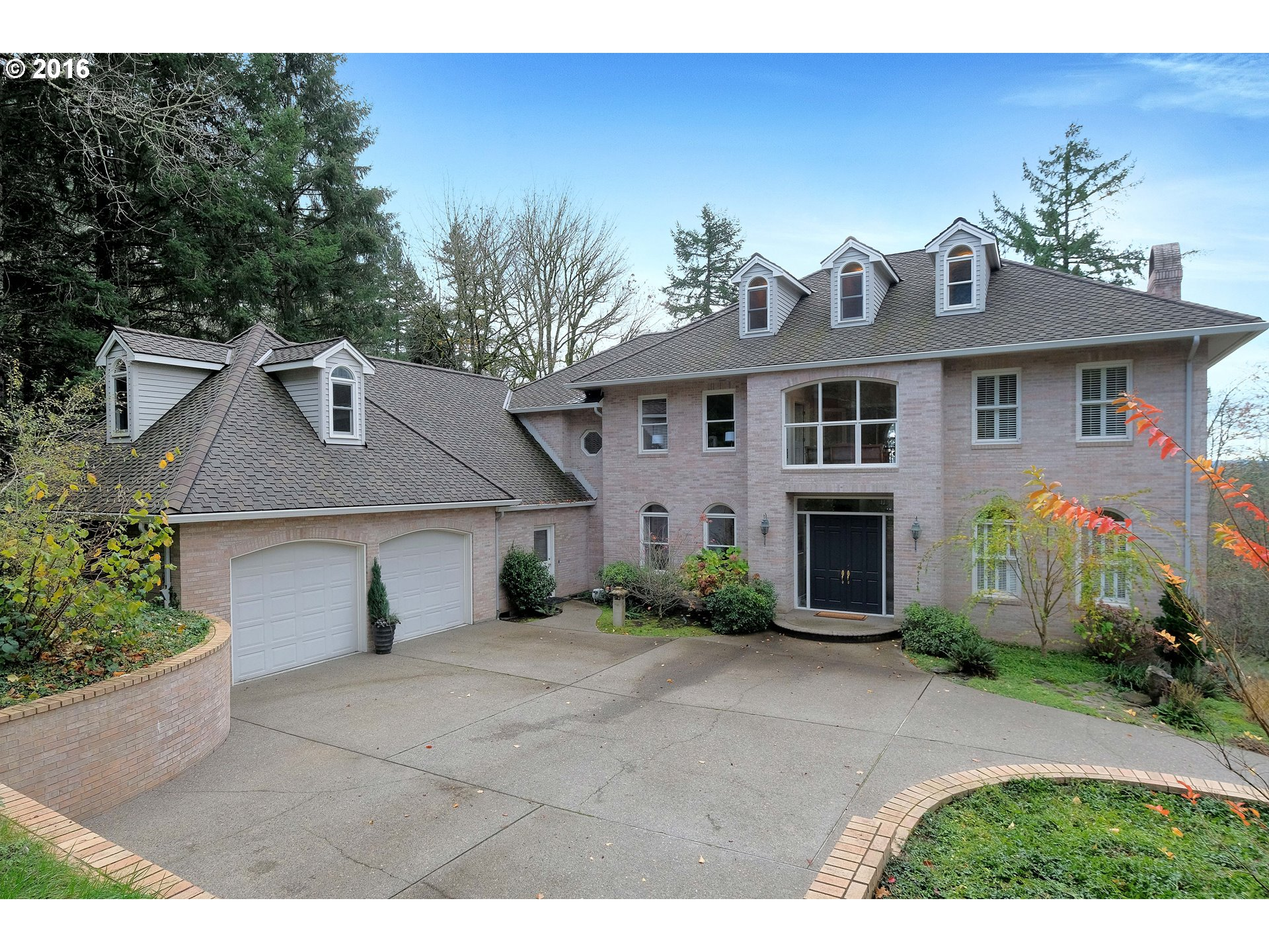 11401 SW NORTHGATE CT, Portland, OR 97219