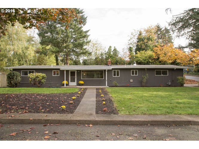 $350,000 - 3Br/2Ba -  for Sale in Milwaukie