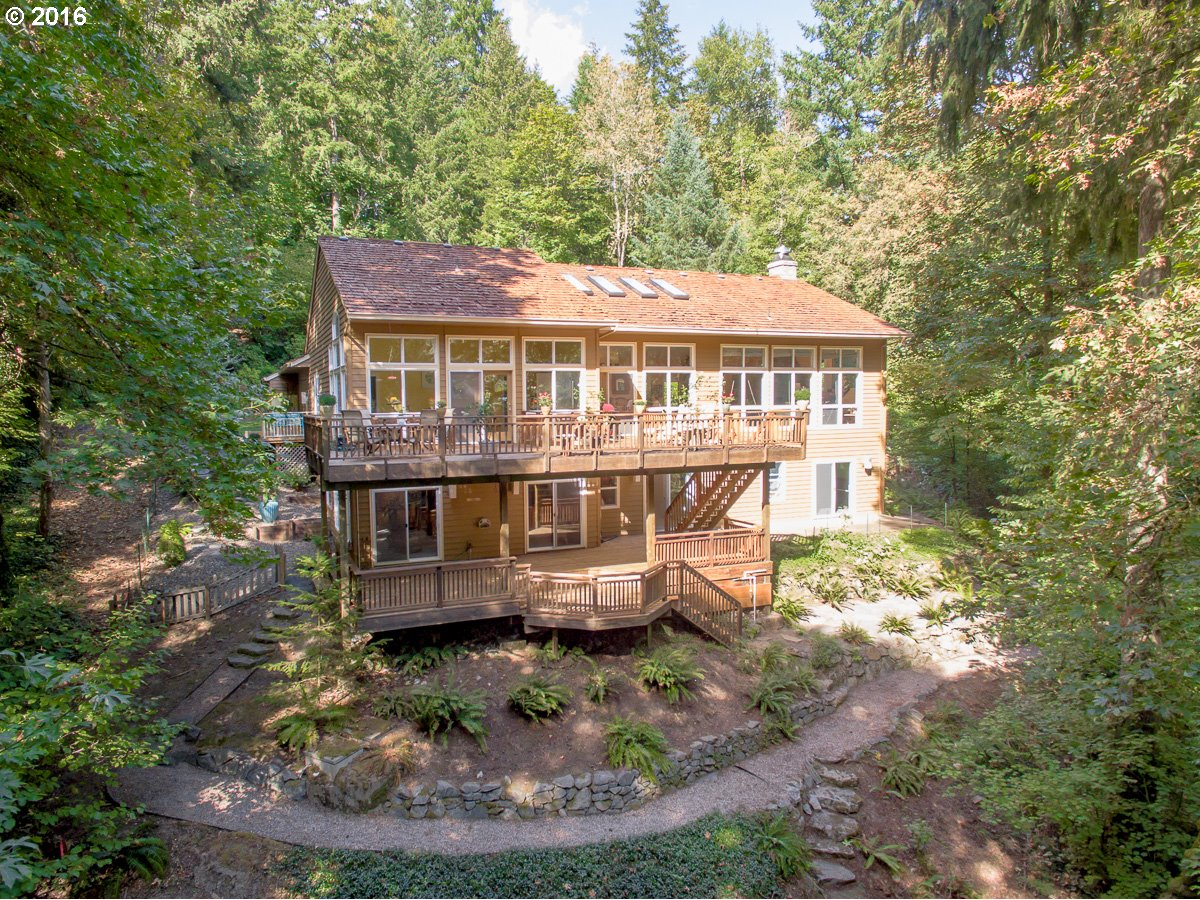18840 HILL TOP RD, Lake Oswego, OR 97034