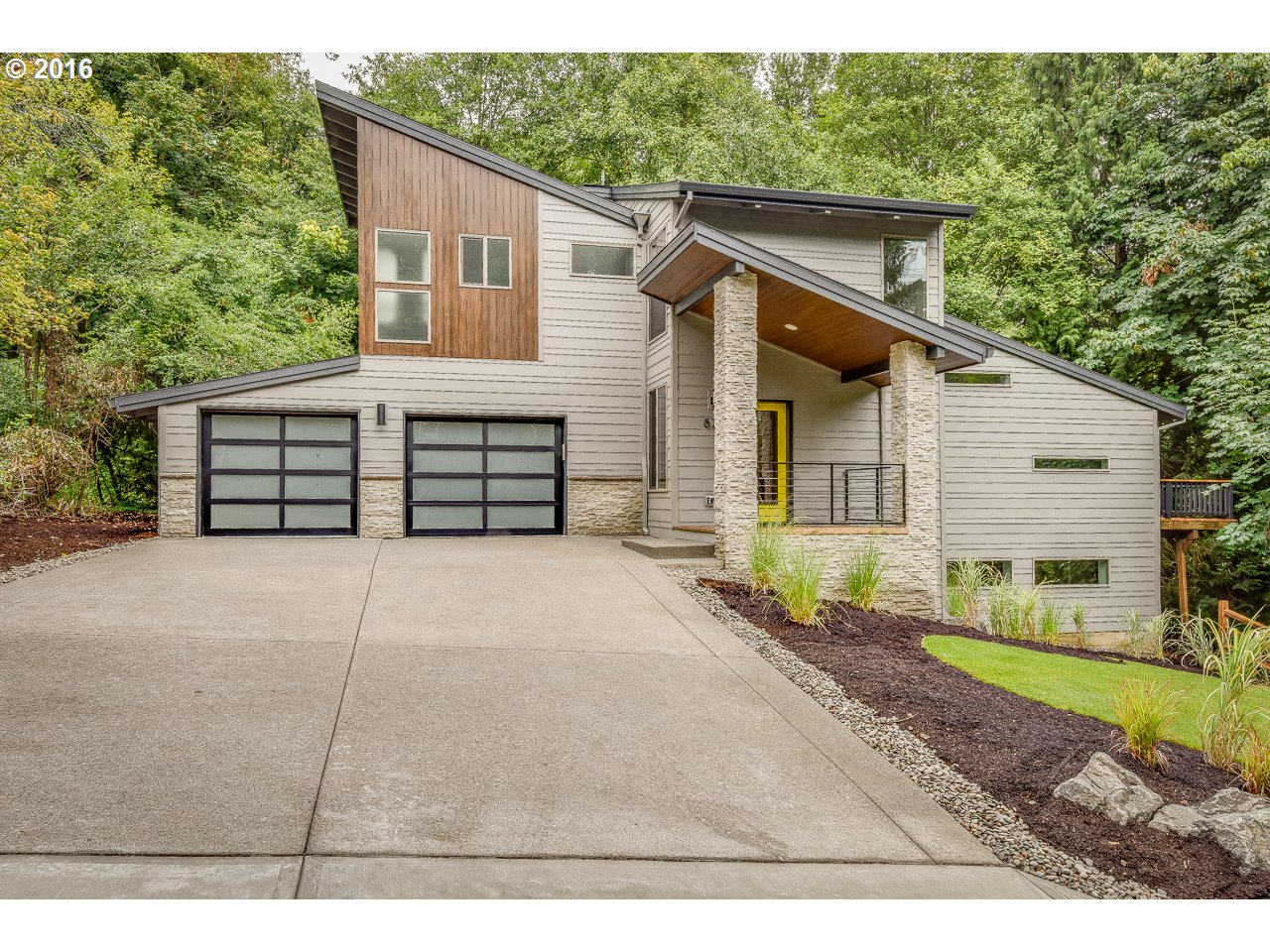Property for sale at 820  BOCA RATAN DR, Lake Oswego,  OR 97034