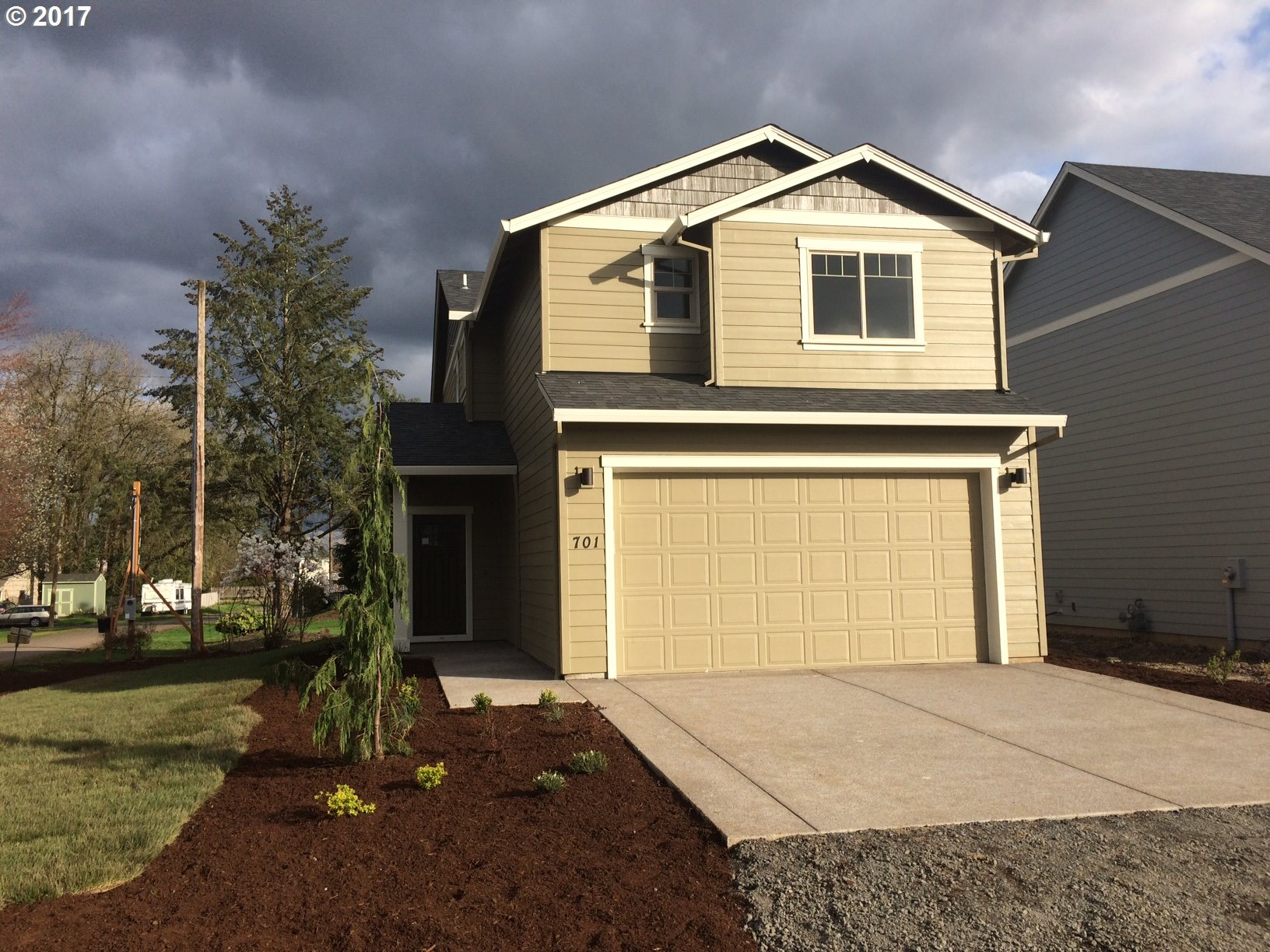 701 Locust ST, Dundee, OR 97115