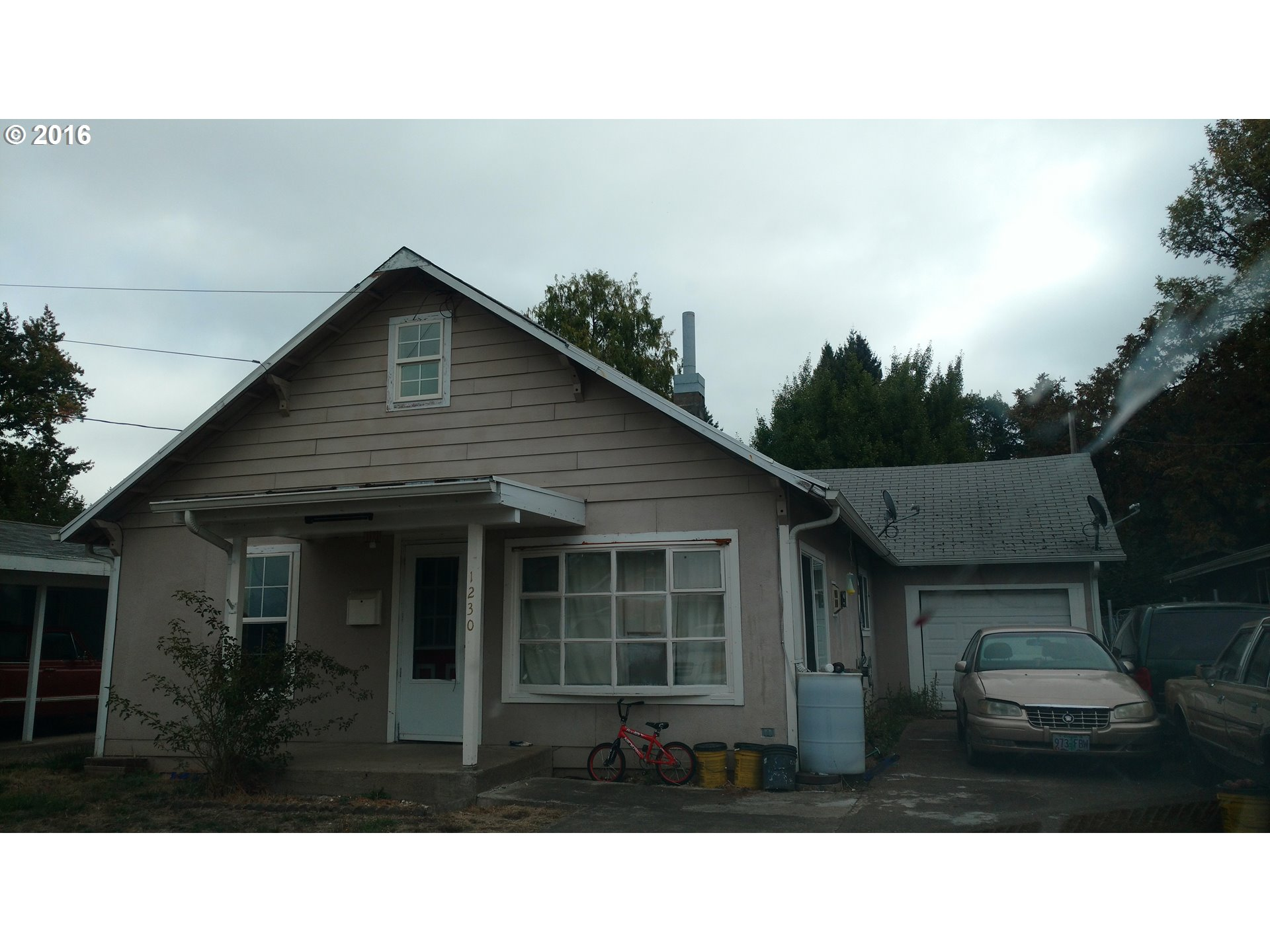 1230 S 7TH ST, Cottage Grove, OR 97424