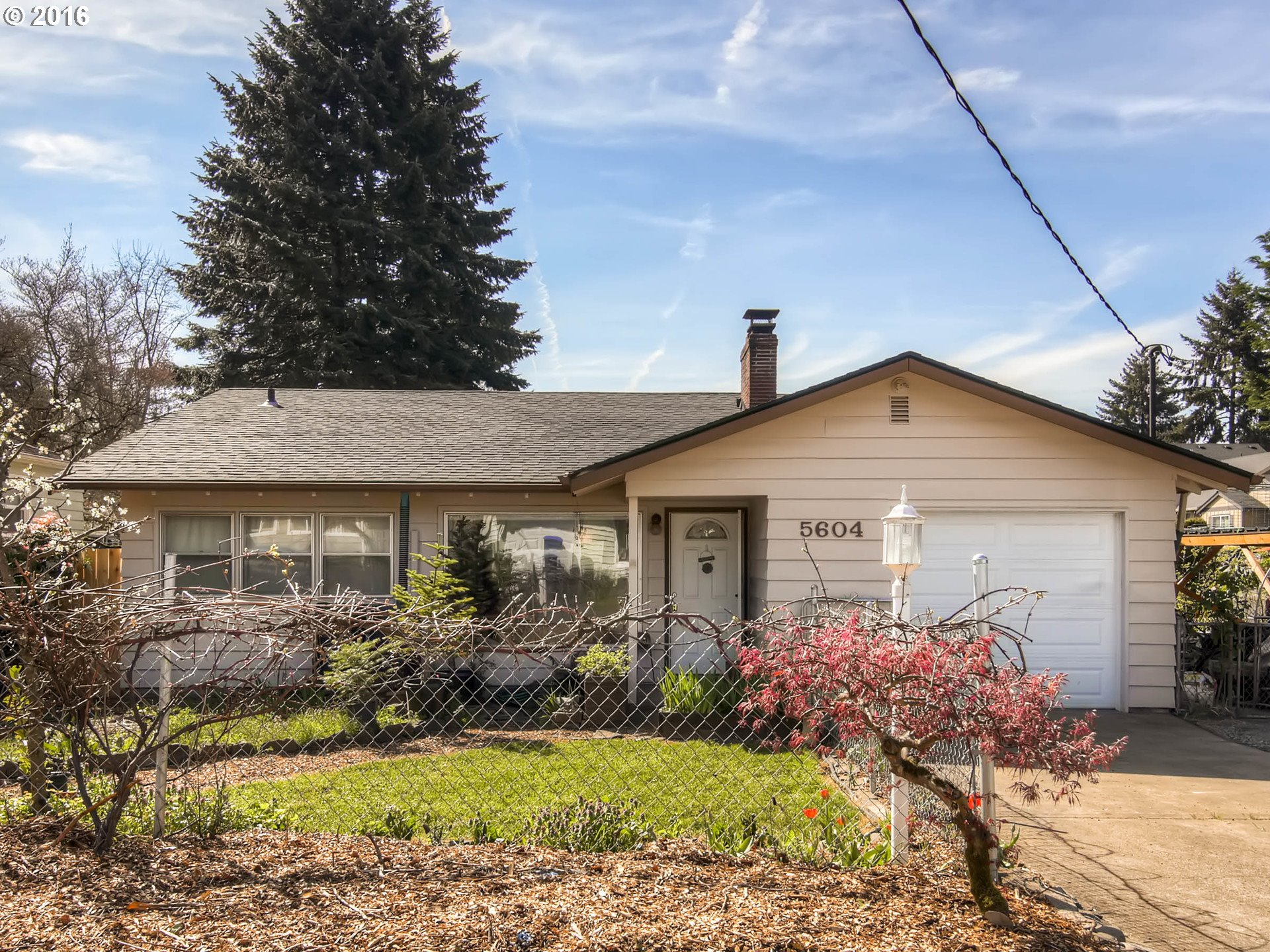 $275,000 - 3Br/1Ba -  for Sale in Waymire, Milwaukie