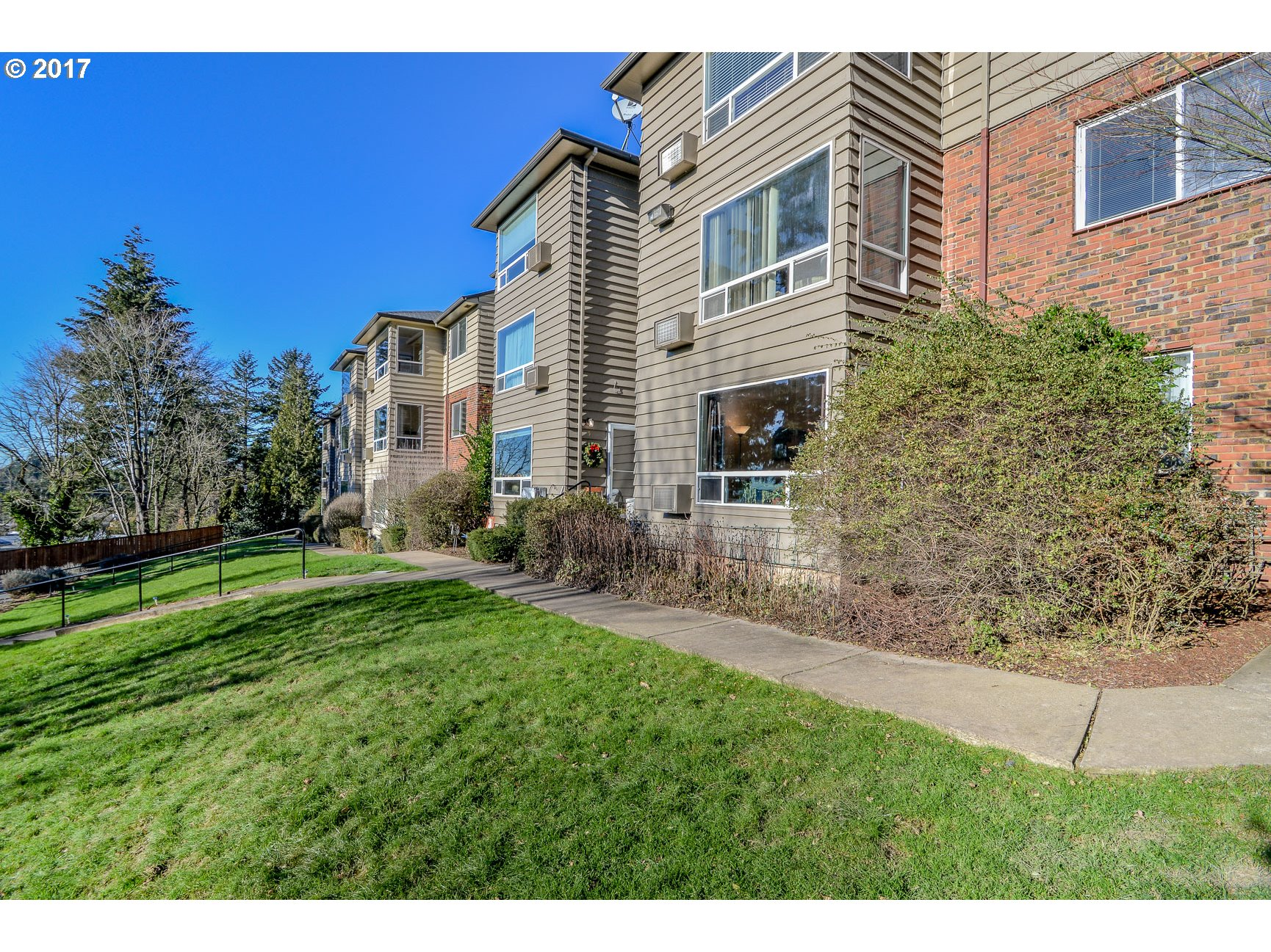 8400 SW CANYON LN 6, Portland, OR 97225