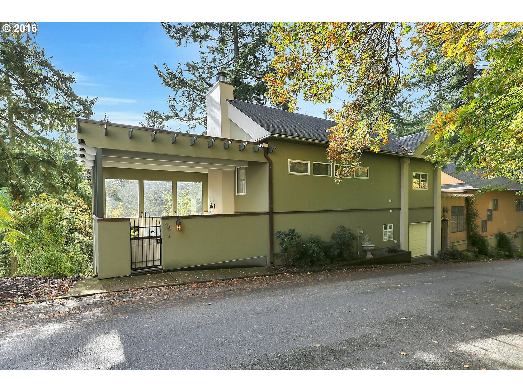 $550,000 - 2Br/3Ba -  for Sale in Portland