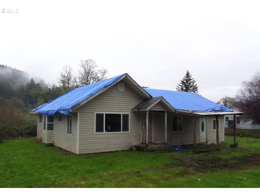 1181 CURTIN RD, Cottage Grove, OR 97424
