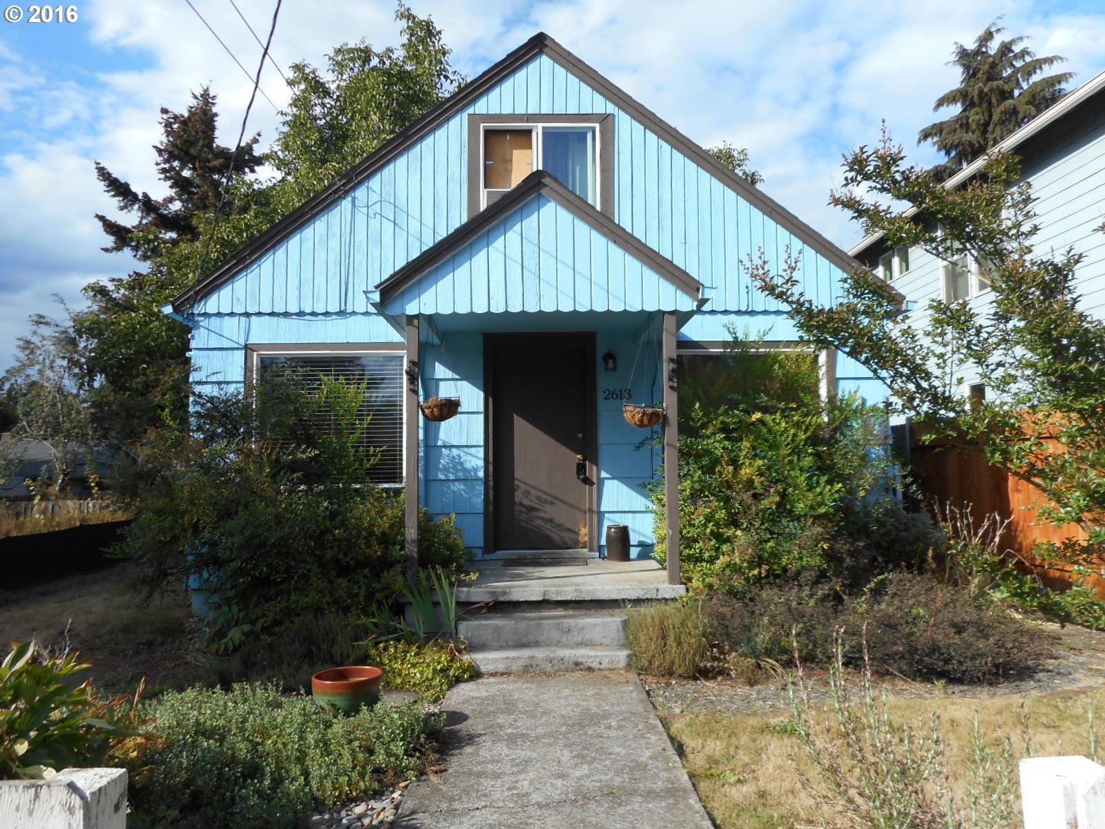 OR Milwaukie SE Grove Loop home