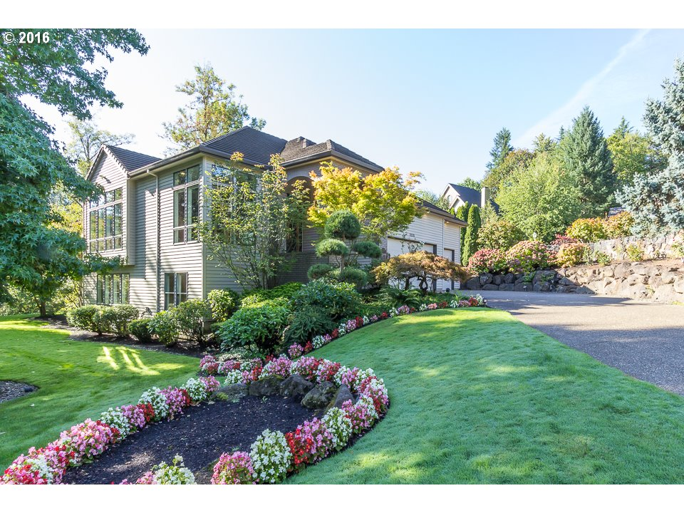 2030 TANNER CREEK LN, West Linn OR 97068