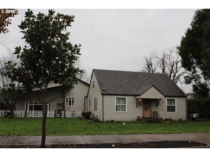 790 S 42ND ST, Springfield, OR 97478