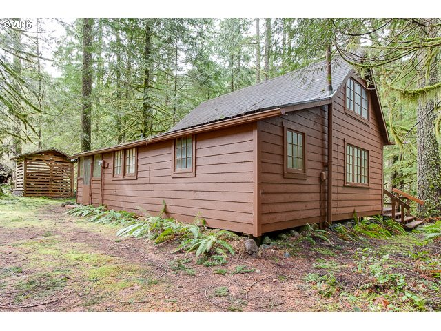 28219 E Road 20 30, Rhododendron, OR 97049
