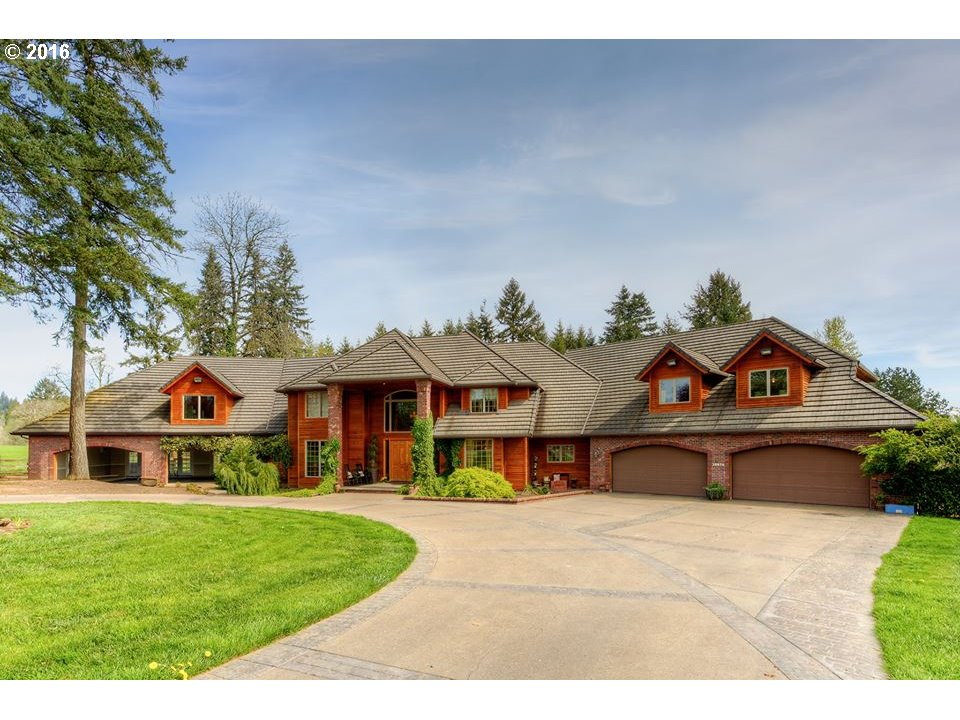 20616 S SOUTH END RD, Oregon City, OR 97045
