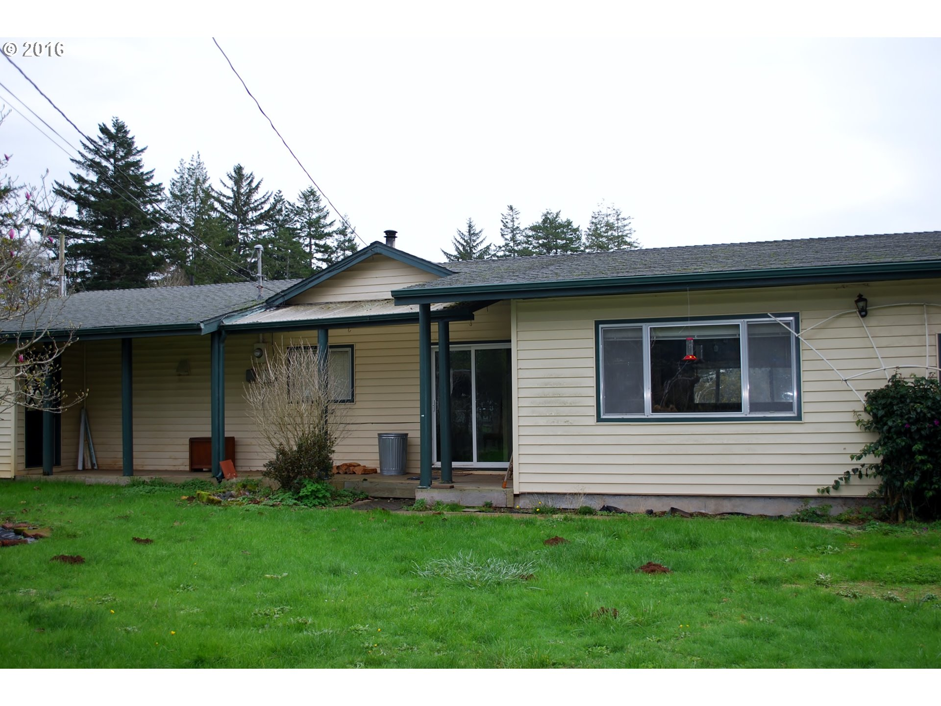 1682 sq. ft 4 bedrooms 2 bathrooms  House For Sale, Brookings, OR