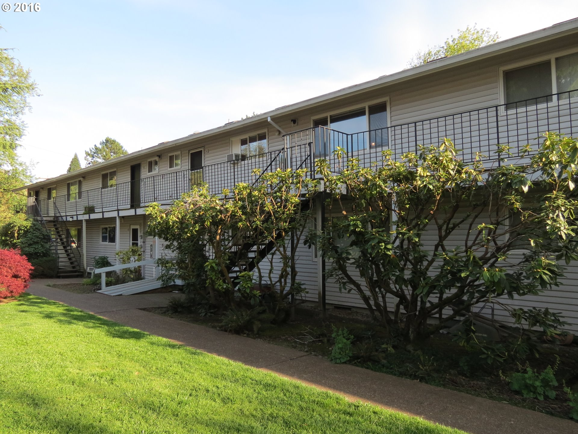 6815 SW CAPITOL HILL RD 16, Portland, OR 97219