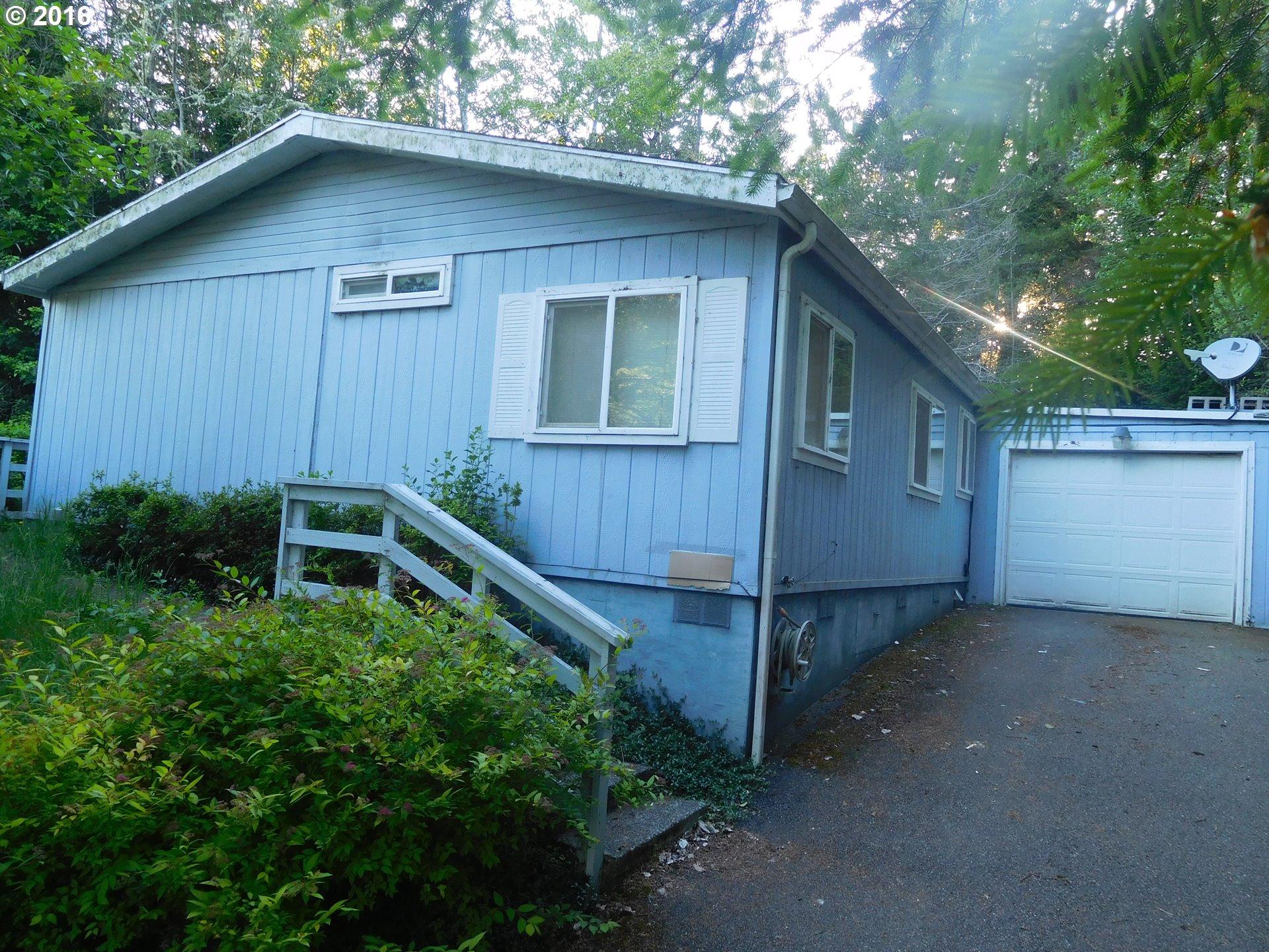 550 BONNEVILLE RD, Lakeside OR 97449