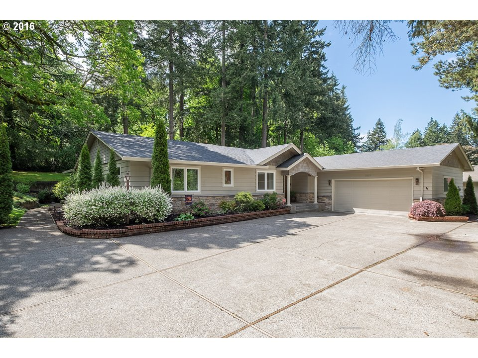 2110 GREENTREE RD, Lake Oswego OR 97034