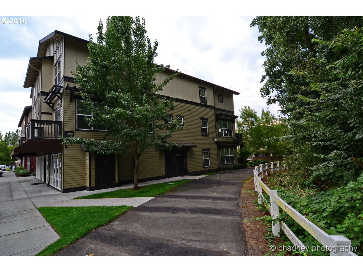 22814 SW FOREST CREEK DR 202, Sherwood, OR 97140