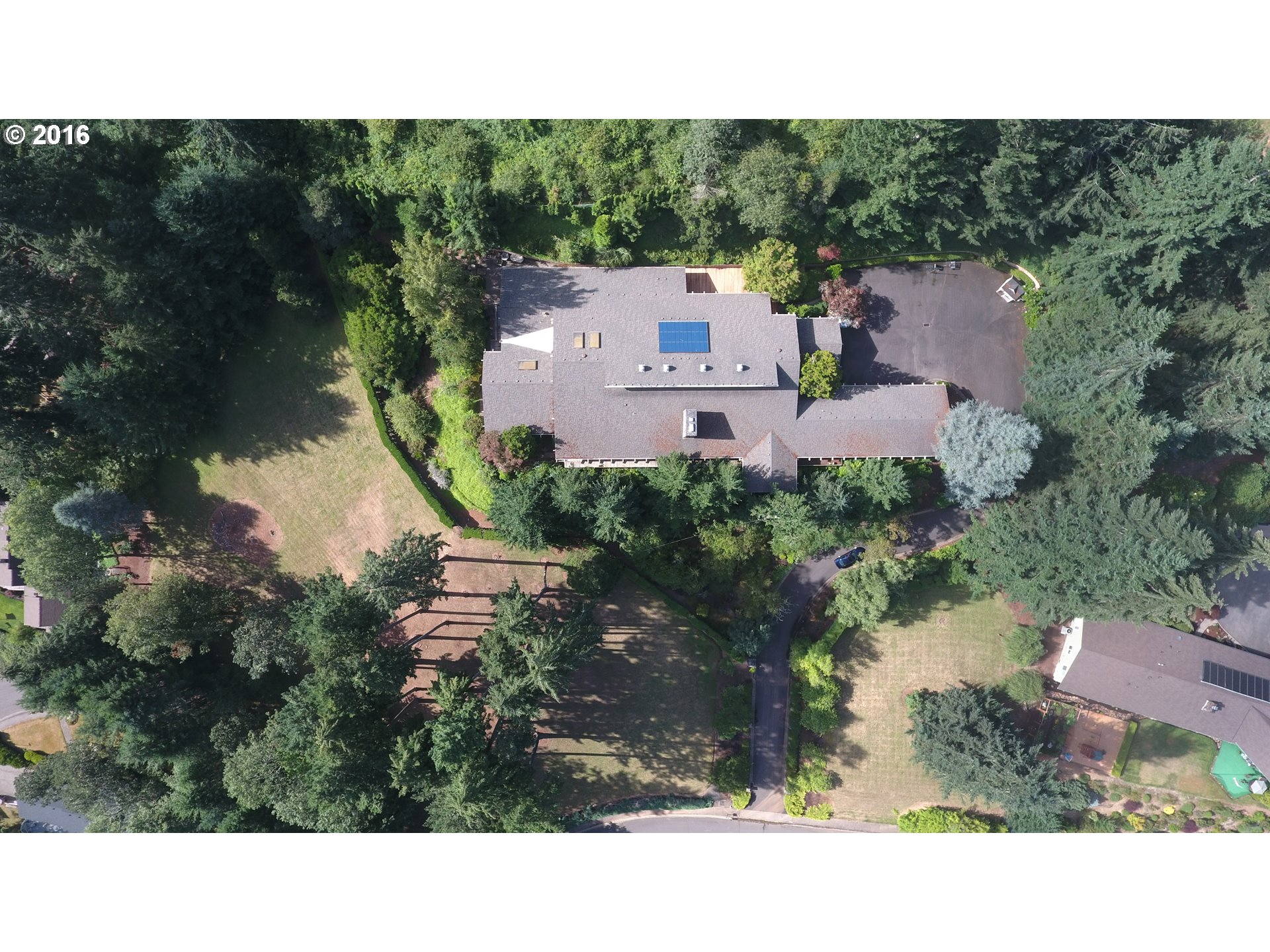 2442 W 29TH AVE, Eugene, OR 97405