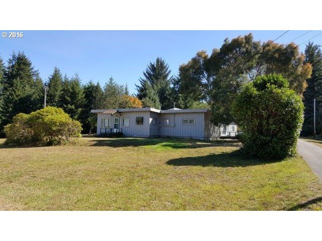 63555 ISTHMUS HTS RD, Coos Bay, OR 97420