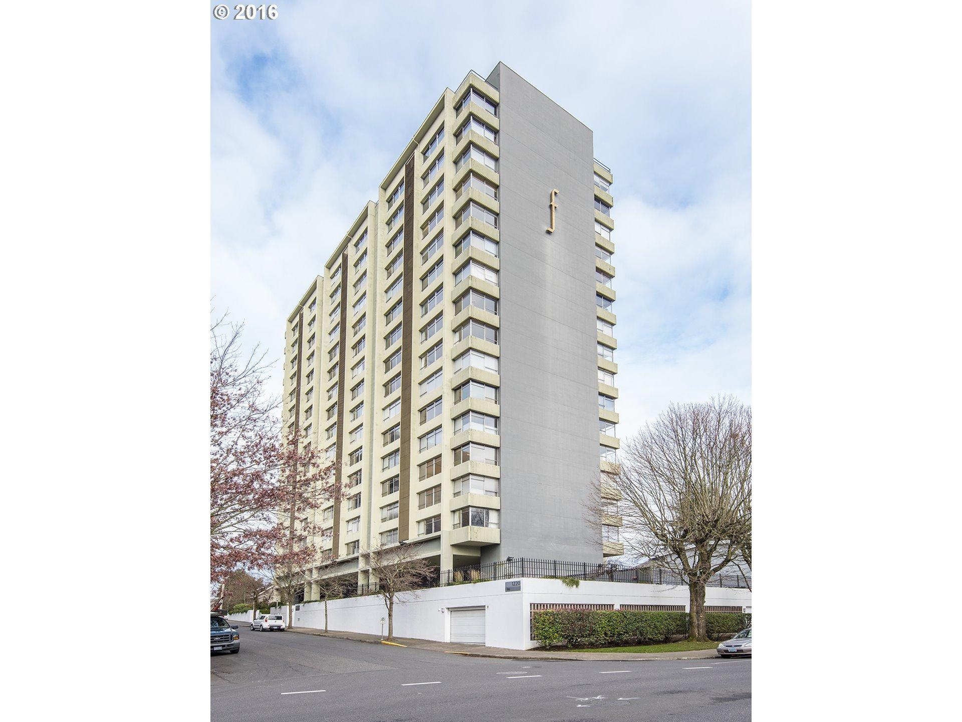 1220 NE 17TH AVE Portland, OR 97232 16210801
