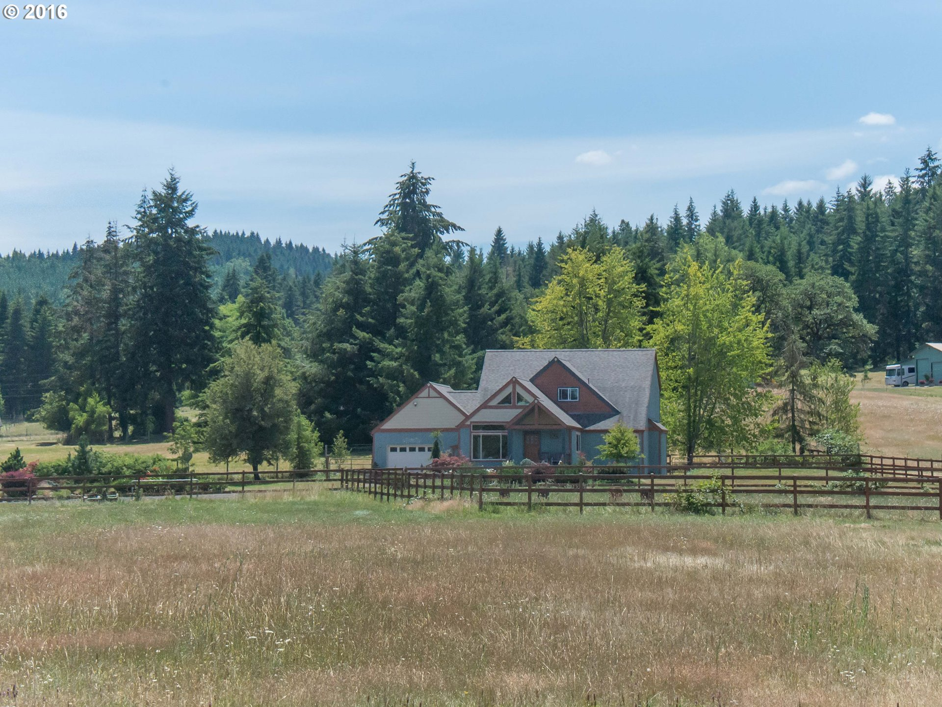 28555 BRIGGS HILL RD, Eugene OR 97405