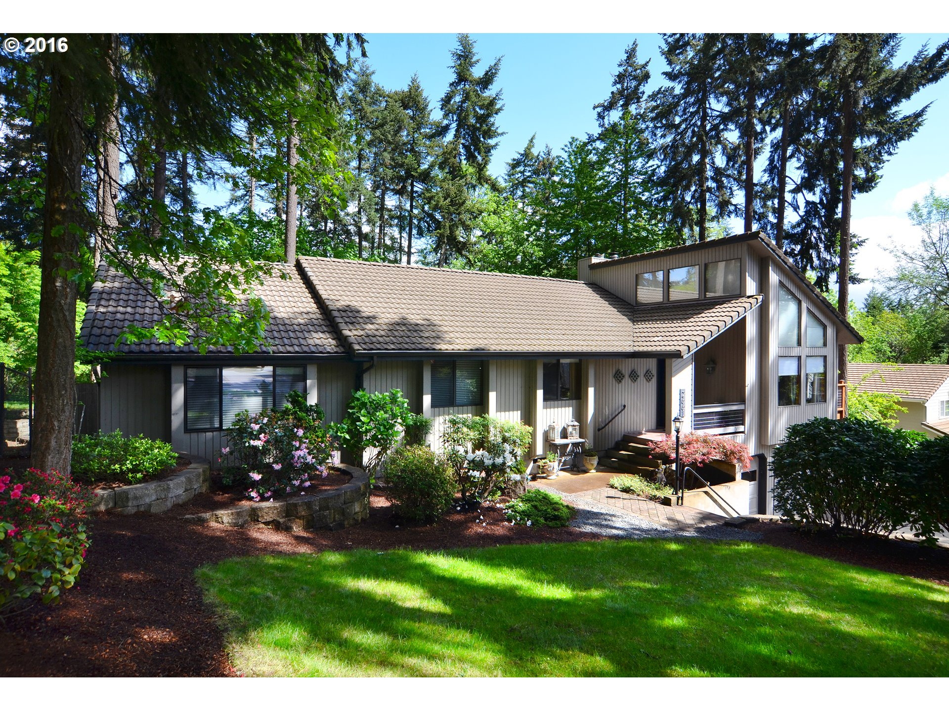 2661 GARFIELD ST, Eugene OR 97405