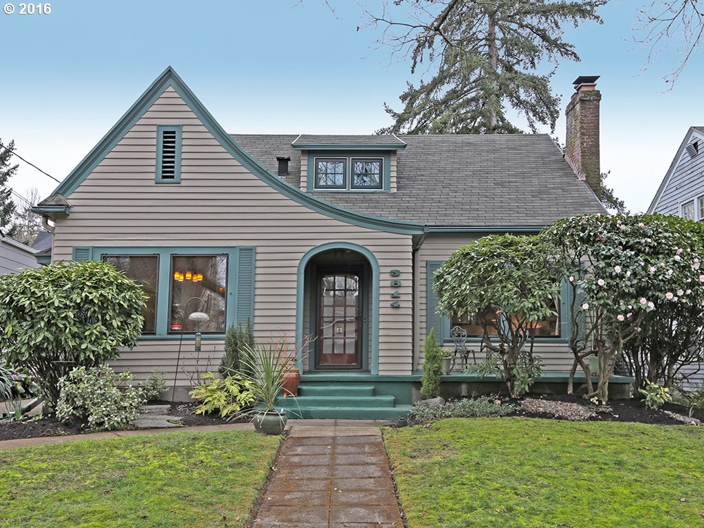 cottage style homes for sale in portland oregon