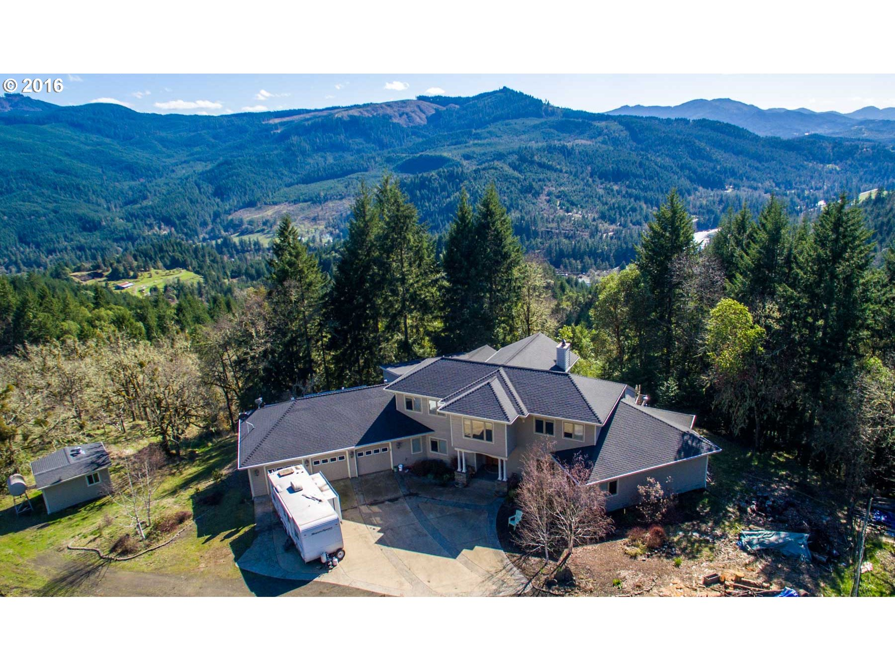 22640 N North Umpqua Hwy, Idleyld Park, OR 97447