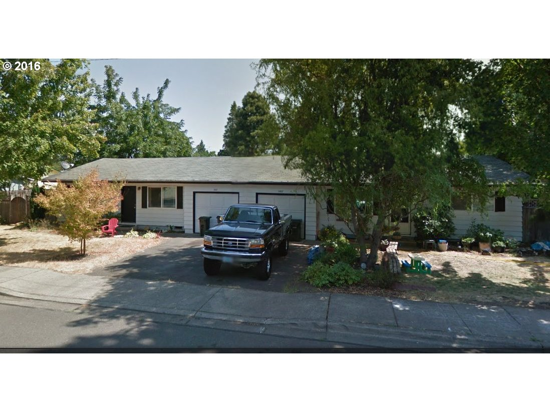 1407 LAURA ST, Springfield, OR 97477