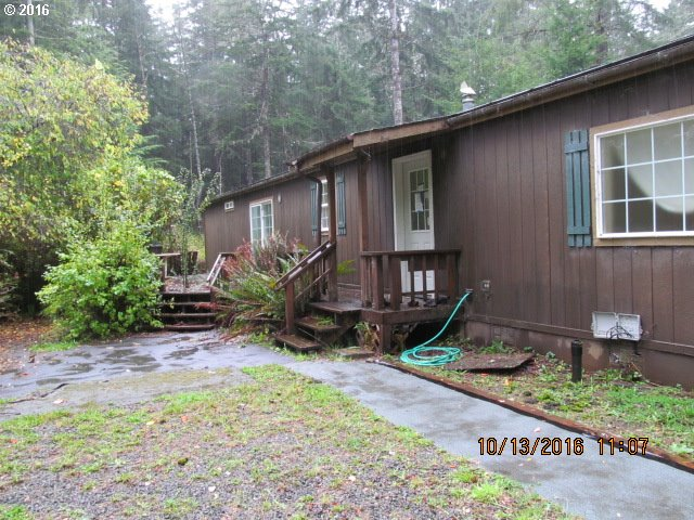 4620 MITCHELL LOOP RD, Florence, OR 97439