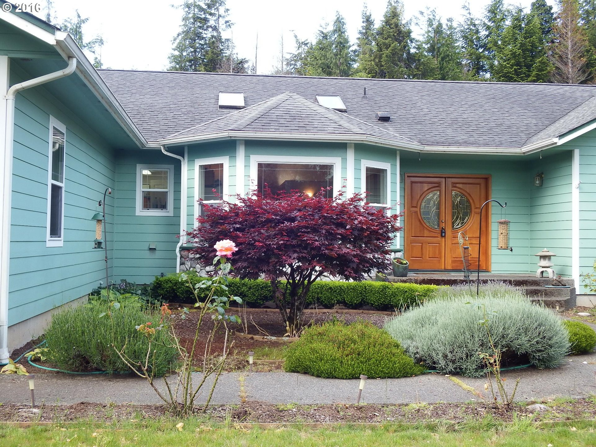 69232 SANDPOINT RD, North Bend OR 97459
