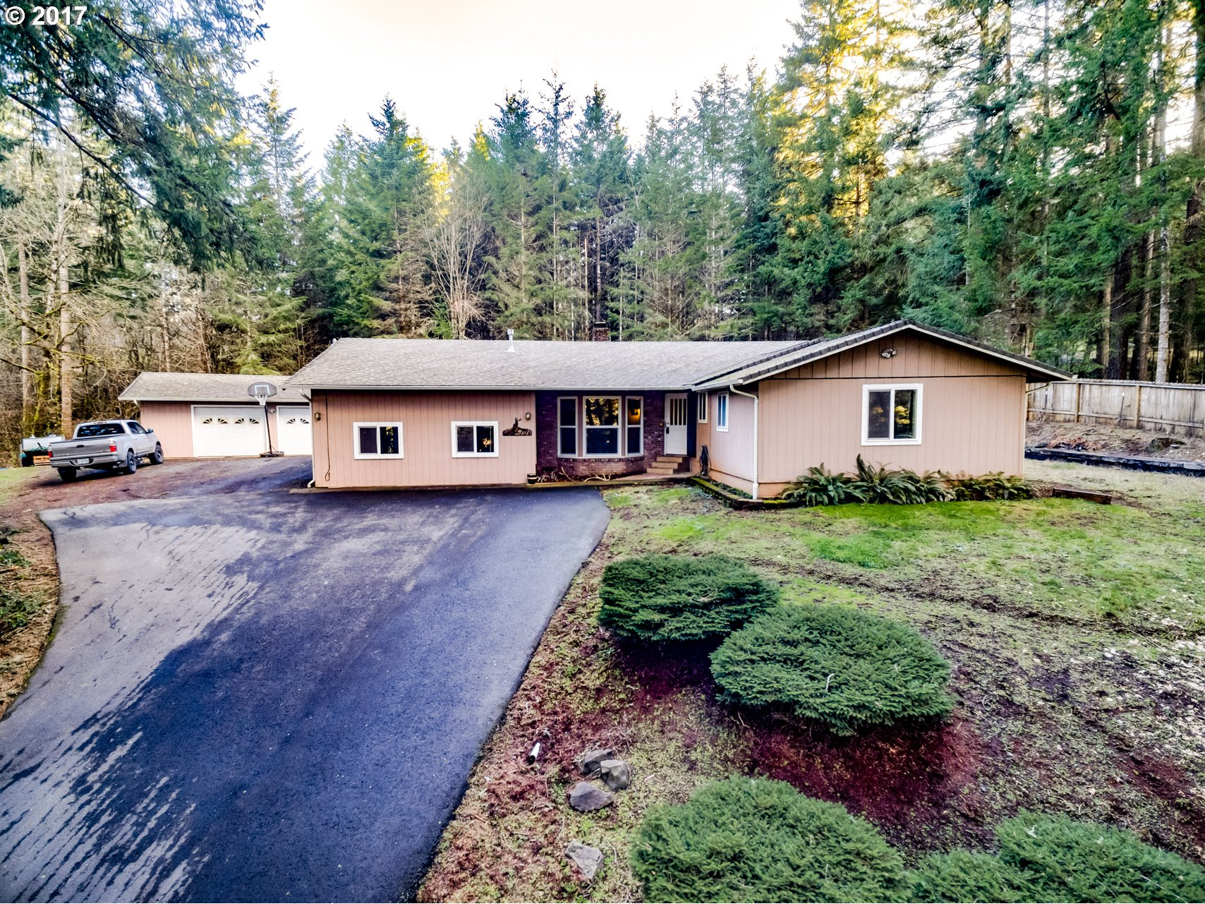 261 TALEMENA DR, Cottage Grove, OR 97424