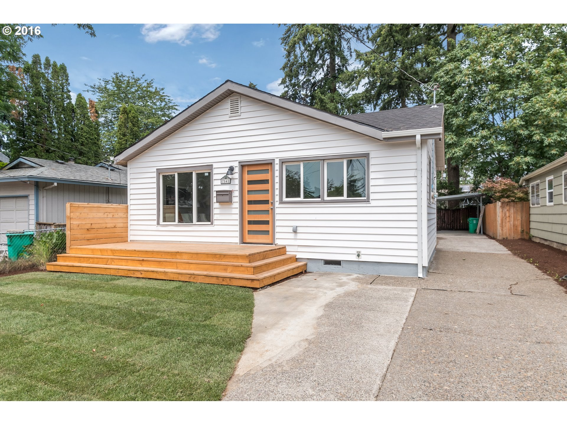 $350,000 - 3Br/1Ba -  for Sale in Foster-powell, Portland