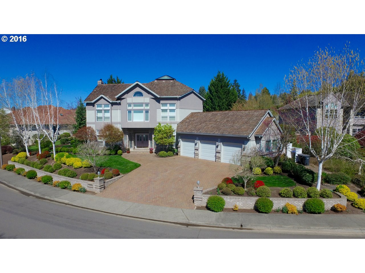 $999,999 - 5Br/5Ba -  for Sale in Bull Mountain, Tigard