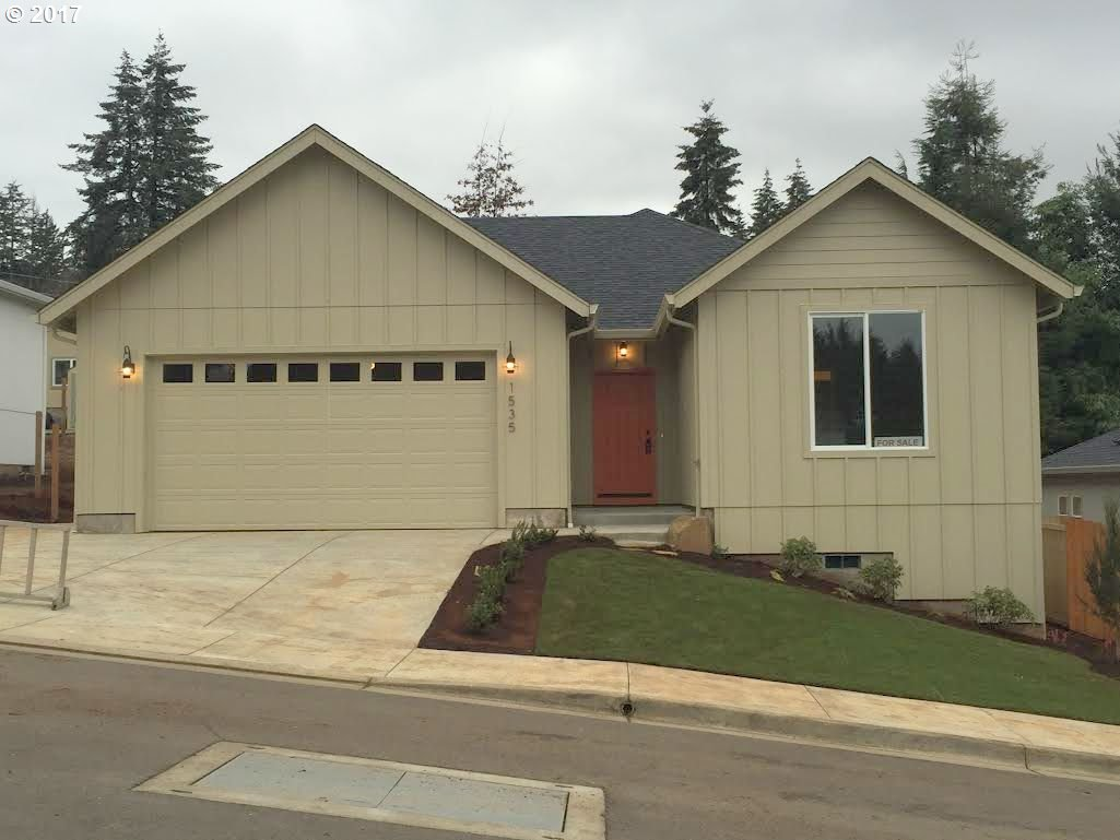 1535 Redhills, Cottage Grove, OR 97424