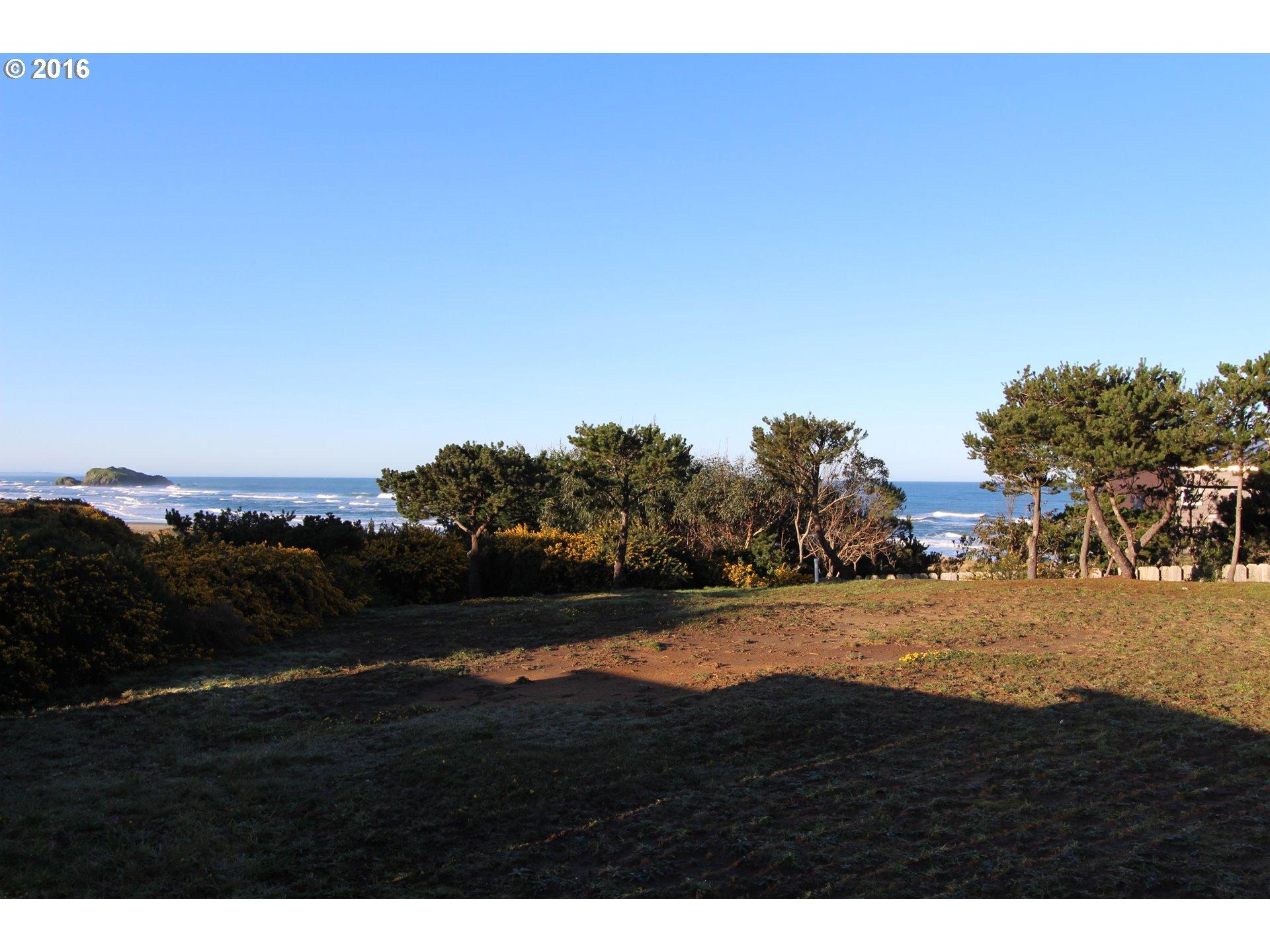 2674 caryll ct bandon or 97411 beach loop realty