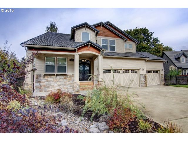 3347 RIVERPLACE DR, Eugene, OR 97401