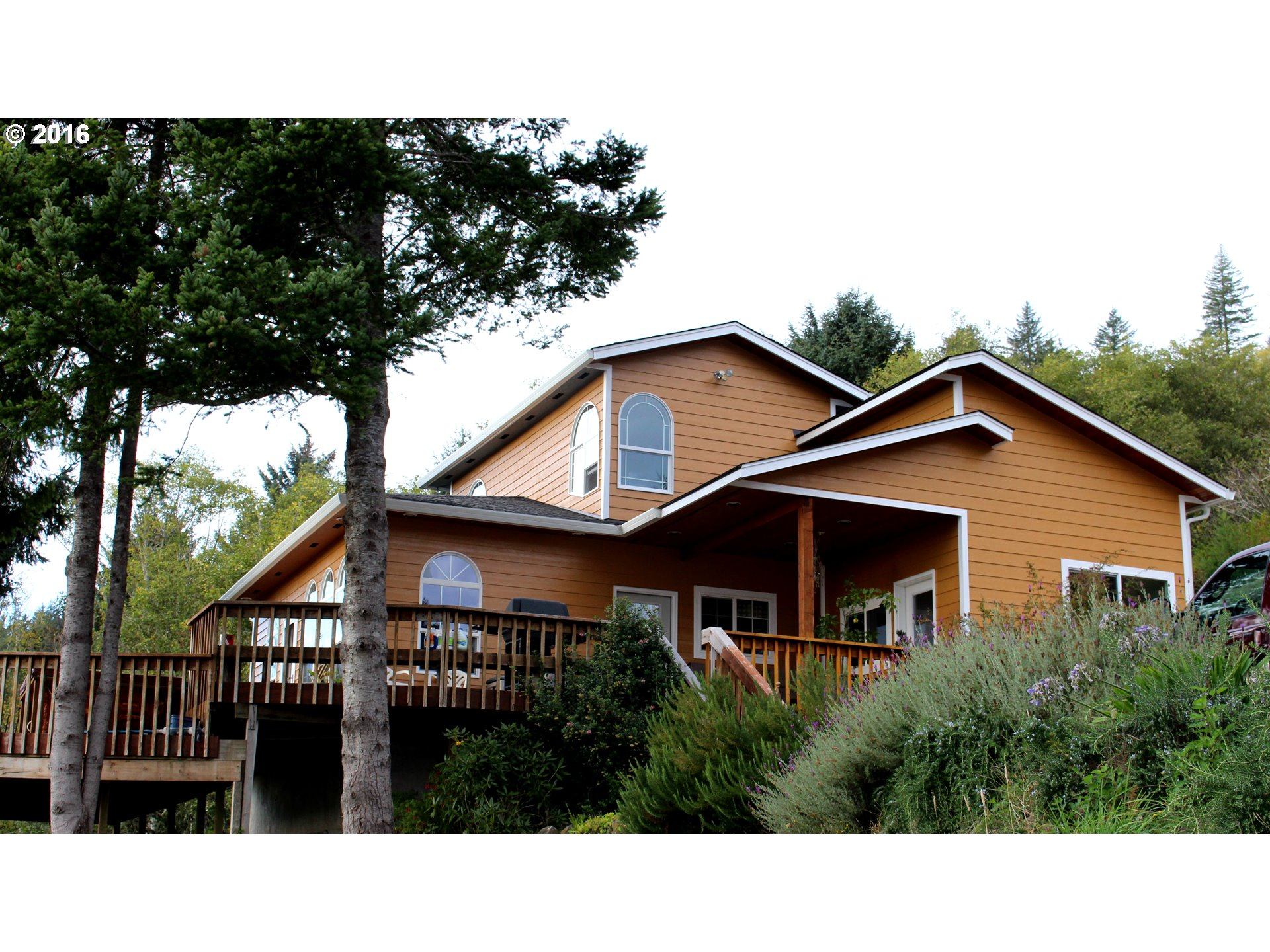 5439 HERMAN CAPE RD, Florence, OR 97439