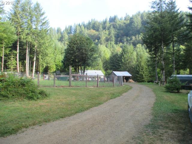 89797 UPPER NORTH FORK RD, Florence, OR 97439