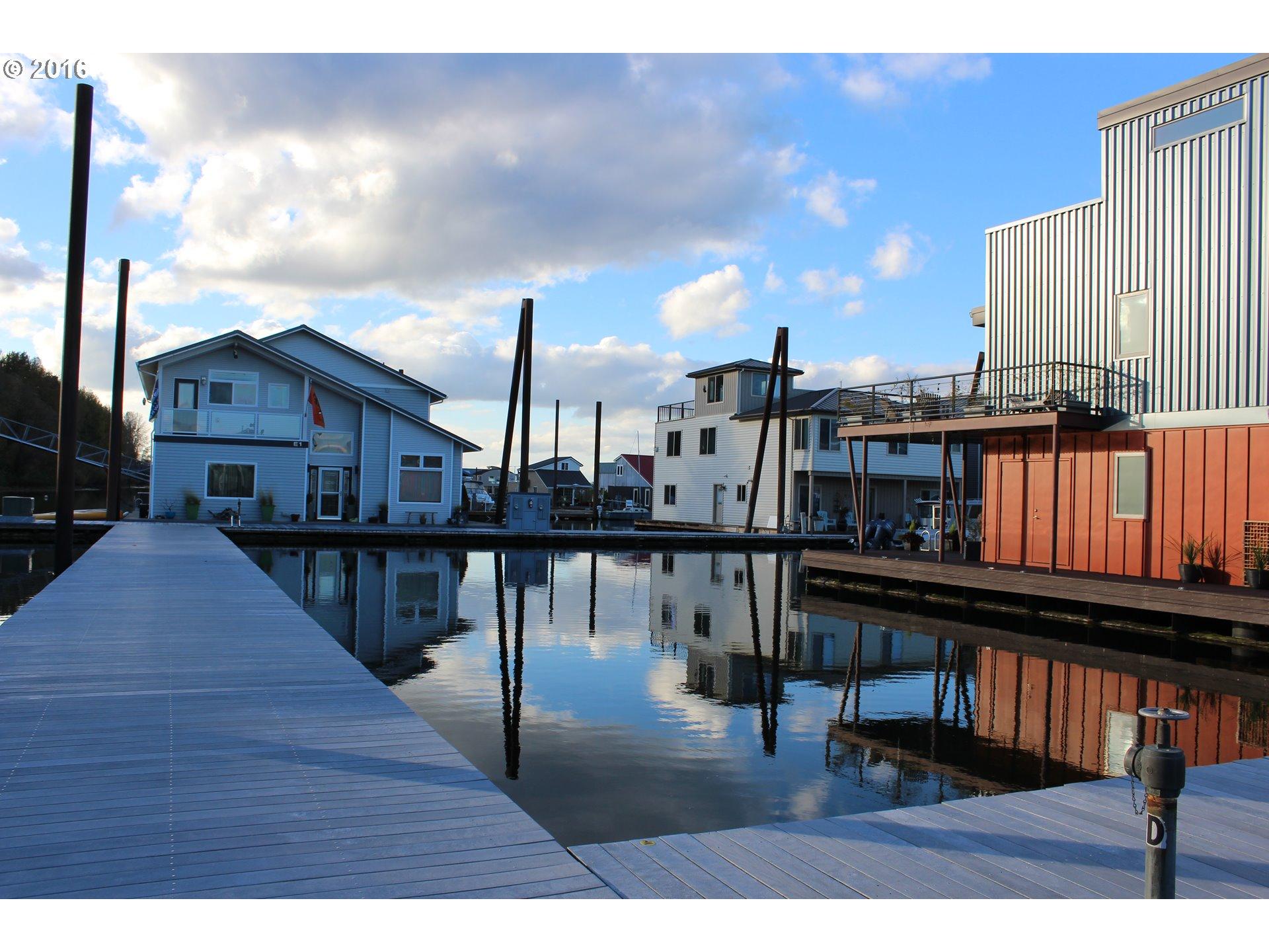 Floating Homes for Sale in Portland Oregon Floating Home 4 Photo 3