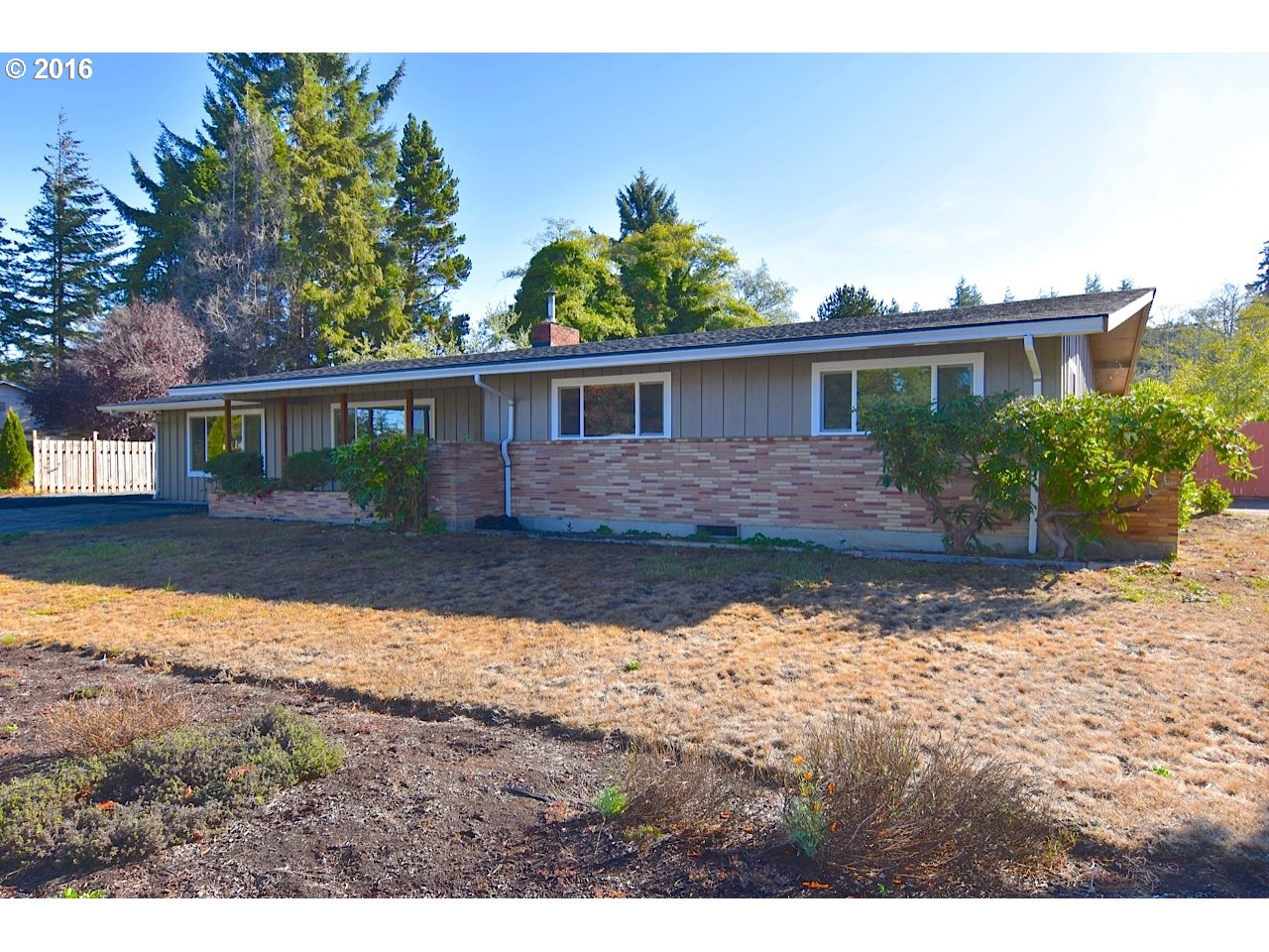 3777 CHESTER , North Bend OR 97459