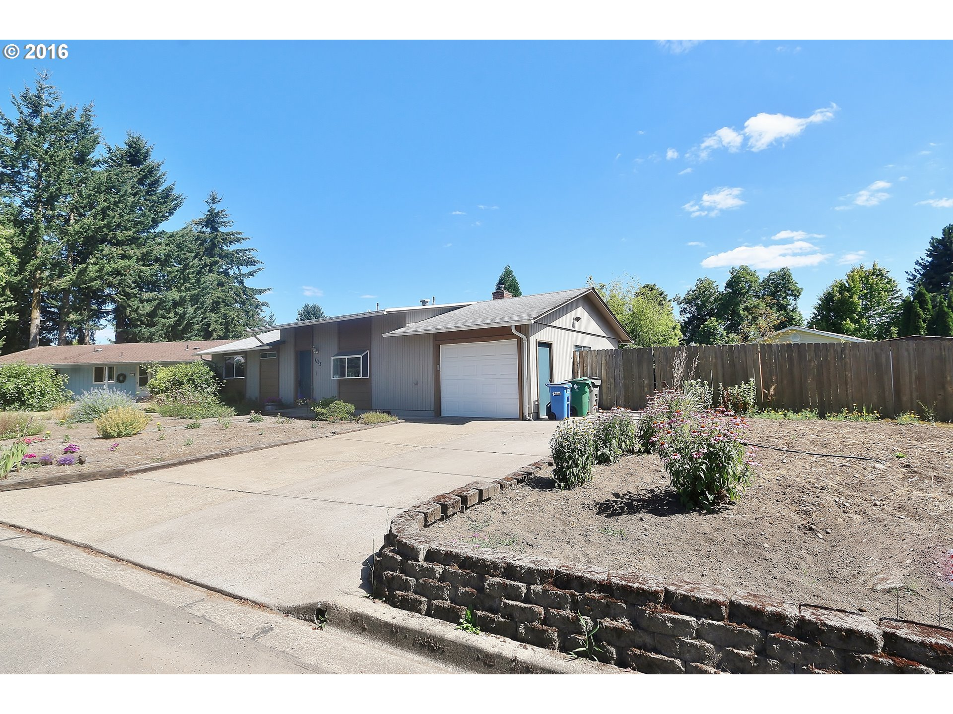 1103 GINGER AVE, Eugene OR 97404